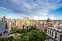 Quinta-feira terá pancadas de chuva em Porto Alegre e vento forte em regiões do RS