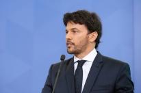 Previsão para leilão 5G é entre abril e maio de 2021, diz ministro Fábio Faria
