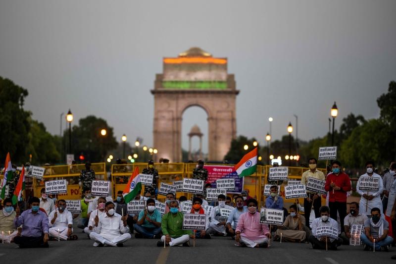 Indianos protestaram ontem em Nova Déli contra ações chinesas