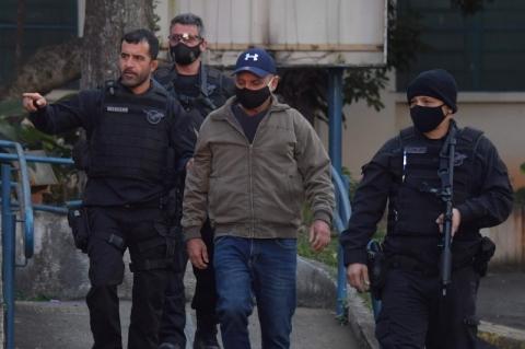 Queiroz é preso na casa de advogado de Bolsonaro