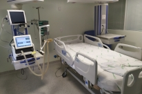 Entidades alertam para falta de medicamentos dos kits de entubação para pacientes Covid