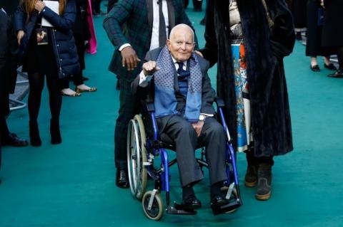 Ian Holm, o Bilbo Bolseiro da saga 'O Senhor dos Anéis', morre aos 88 anos