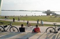 Multa por aglomerações em espaços públicos pode superar R$ 8,5 mil em Porto Alegre