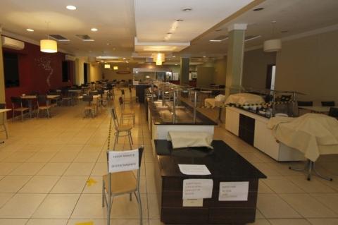 Restaurantes de Porto Alegre terão nova orientação sobre horário de atendimento