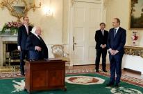 Michaél Martin é escolhido primeiro-ministro da Irlanda em coalizão inédita