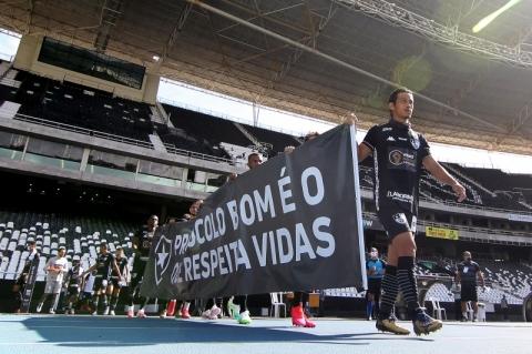 Ferj aciona Botafogo e Fluminense na Justiça e chama manifesto de 'chilique'