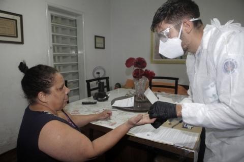 UFPel negocia com 'potenciais financiadores' para manter pesquisa nacional da Covid