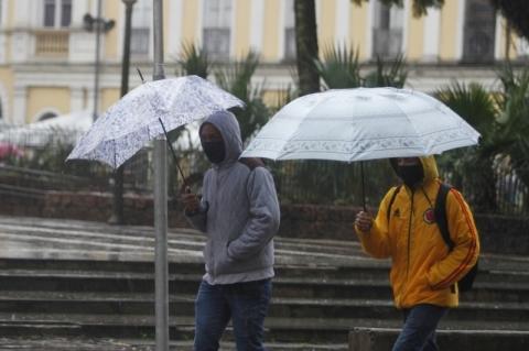 Chuva e ventos voltam ao Rio Grande do Sul nesta sexta-feira