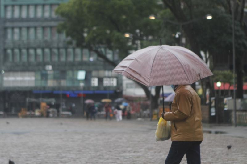 Alerta para o mau tempo segue até o fim da noite de segunda-feira