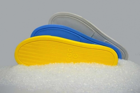 Empresa de Campo Bom cria antiviral para calçados