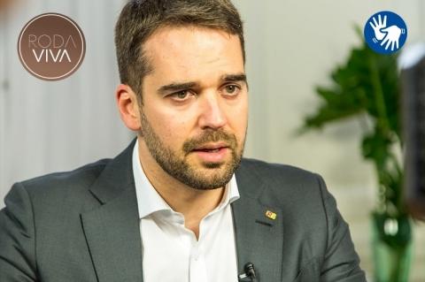 Eduardo Leite será o entrevistado do próximo 'Roda Viva' na TV Cultura