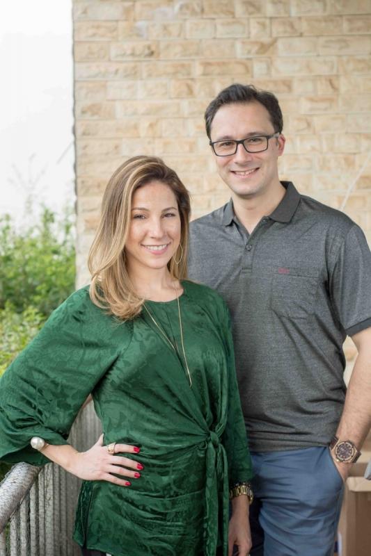 Carolina Moraes e André Dorneles são os sócios-diretores da Younner