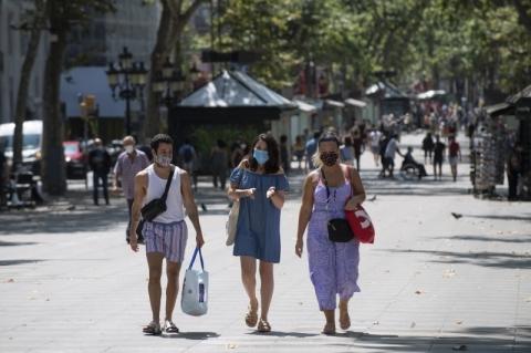 Barcelona retoma quarentena após novos contágios