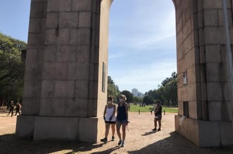 Isolamento em Porto Alegre foi de 42,6% no sábado; RS teve 40,3%, 11º no ranking