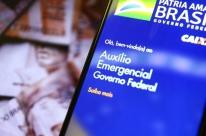 Cerca de 3,8 milhões nascidos em maio recebem auxílio emergencial neste domingo