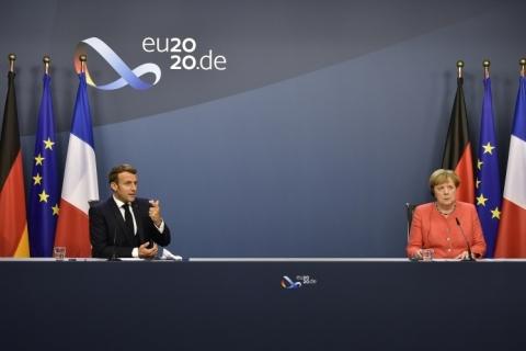 Líderes da União Europeia acertam plano de recuperação de 1,8 trilhão de euros