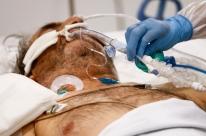 Pacientes graves podem transmitir Covid-19 por atétrês semanas, diz OMS