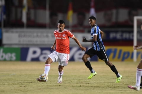 Prefeitura libera jogos de futebol profissional em Porto Alegre