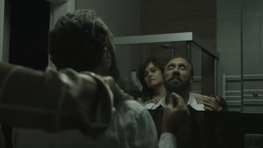 Filme 'À sombra', de Felipe Iesbick, com Áurea Baptista e João França, é uma das atrações
