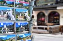 Áustria impõe toque de recolher em cidade turística após novo surto de Covid-19