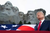 Eleições EUA: Trump destrói tradições e deixa marca conservadora no Judiciário