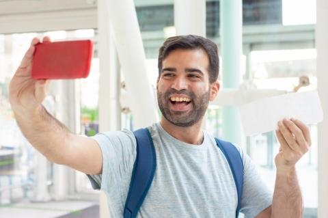Aeroportos vão testar sistema de embarque por 'selfie'
