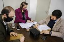 Dois grupos entregam propostas para concessão do Mercado Público de Porto Alegre
