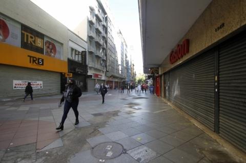 Brasil perdeu 382,5 mil empresas em cinco anos de saldos negativos, diz IBGE