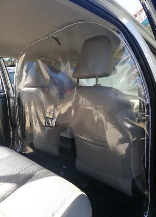Separador de cabine, feito de filme PVC cristal, serve para os modelos Etios, Yaris e Corolla