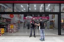 Porto Alegre freia flexibilizações no comércio para evitar piora no quadro da pandemia