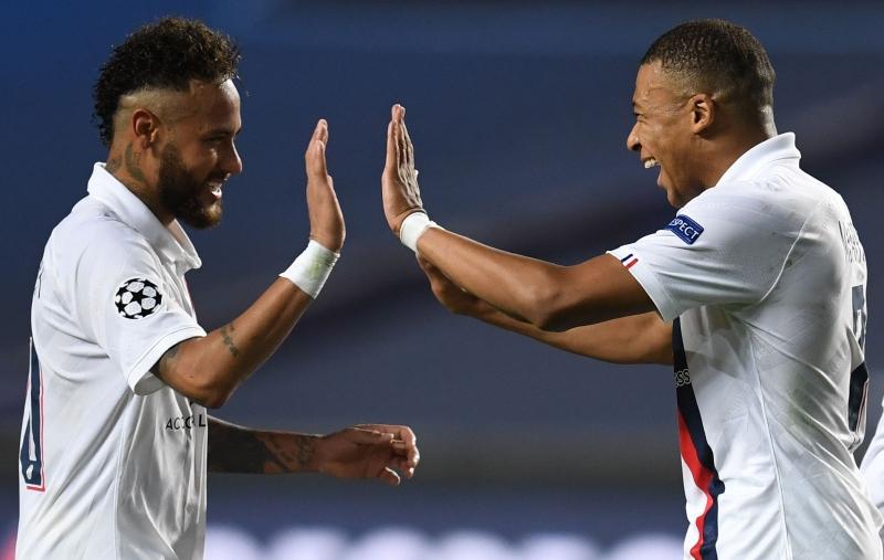 Com passe de Neymar para gol, time francês avança à semifinal pela segunda vez na história