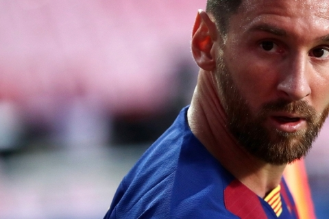 Messi contesta multa de R$ 4,3 bilhões e indica que vai insistir para deixar Barcelona