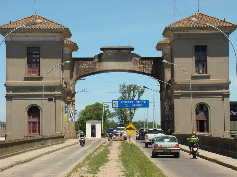 Atualmente, Ponte Barão de Mauá faz a ligação entre os dois países