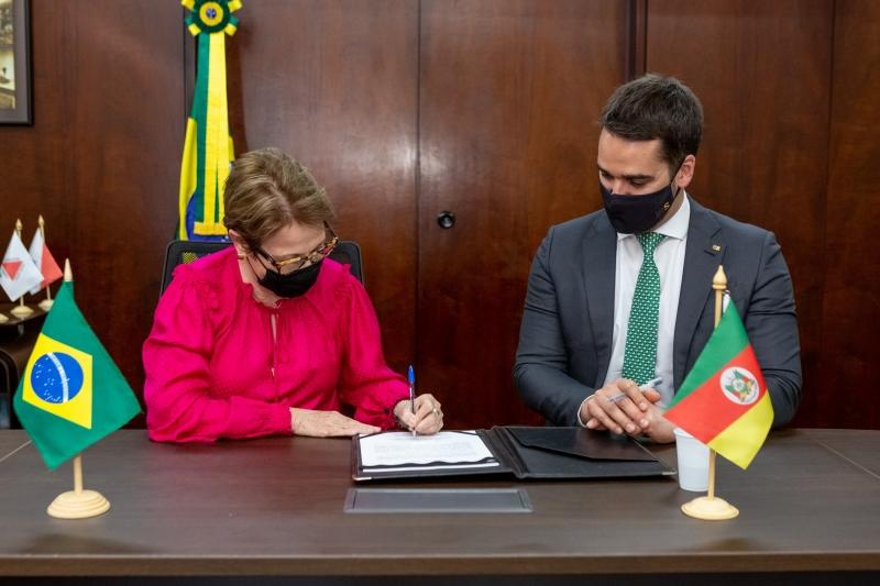Ministra garantiu ao governador que dará todo o apoio à qualificação da cadeia produtiva