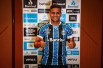 Apresentado no Grêmio, Éverton quer jogar logo e evita comparação com Cebolinha