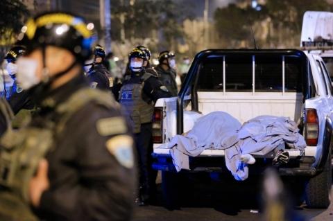 Após ação policial, festa clandestina no Peru termina com 13 mortos por asfixia