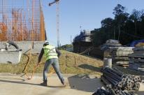Confiança da construção cai em novembro após seis meses de alta, diz FGV
