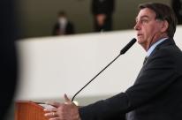 'Países que nos criticam não têm problema porque já queimaram tudo', diz Bolsonaro