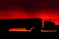 Transporte rodoviário de cargas termina o semestre em recuperação