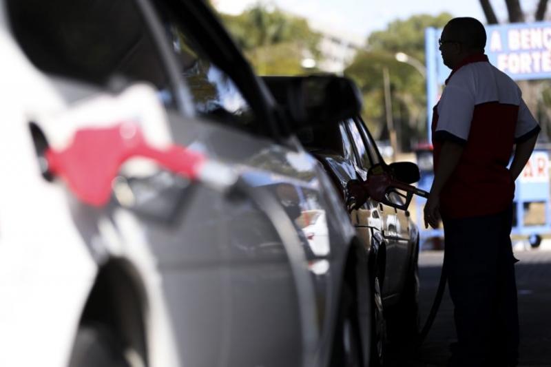 Gasolina foi uma das principais influências individuais negativas do indicador da capital gaúcha