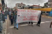 Rodoviários protestam por demissão de delegado sindical