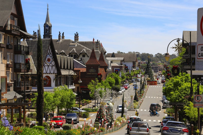 Cidades como Gramado (foto) e Canela têm 85% do PIB  e dos empregos apoiados no turismo