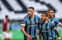 Mesmo perdendo de virada para o Caxias, Grêmio é tricampeão gaúcho