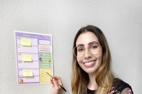 Jornalista lança planner e guia de autocuidado