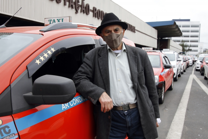 Martins,  há quatro décadas na profissão, passou a conduzir o automóvel sozinho no início do ano