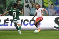 Inter cede empate para o Palmeiras, mas segue líder