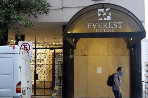 Tradicional hotel de Porto Alegre, Everest fecha as portas