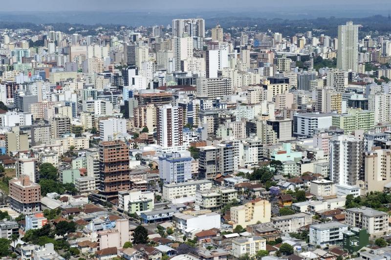 Disputa eleitoral no maior município da serra gaúcha deverá ser acirrada