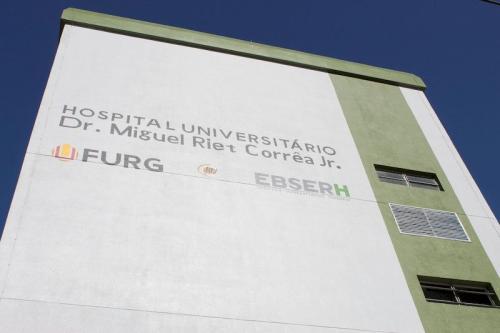 Universidade diz que aguarda o repasse dos kits por parte do Laboratório Central de Saúde Pública do Rio Grande do Sul (Lacen)