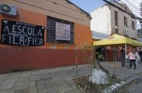 Governo manda cortar luz da Escola Estadual Rio Grande do Sul, em Porto Alegre